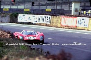 Ferrari 330P4 . Photo. Mike Parkes Le Mans test weekend 1967 , Dunlop Curve